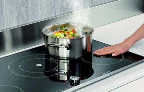 Fornelli a induzione la nuova tecnologia in cucina for Cucina a induzione